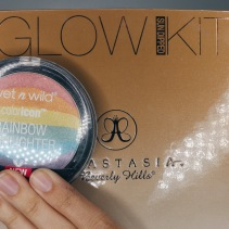 Wet n Wild Rainbow Highlighter // Anastasia Glow Kit (Sun Dipped)